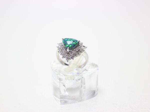 ブラックオパール2ctの指輪の買取